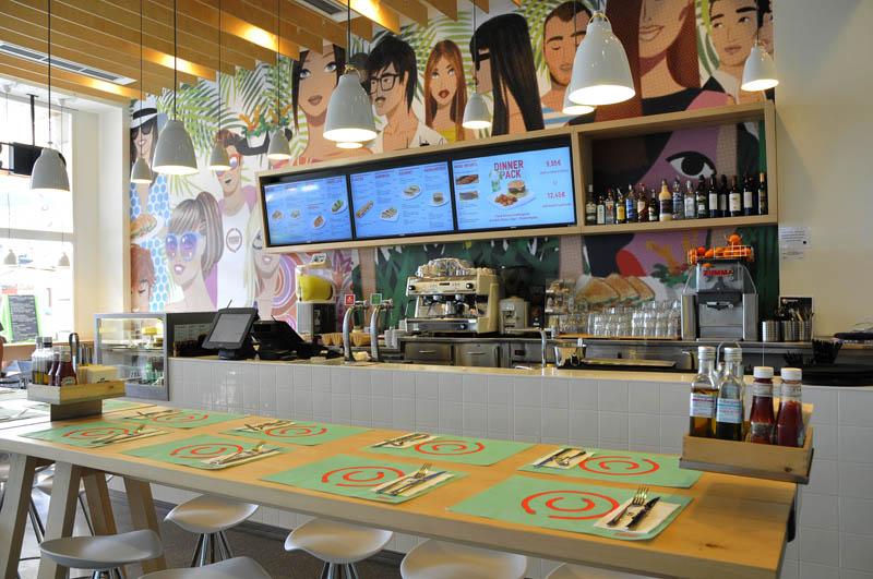 Restaurant sandwich and friends la maquinista - Centre comercial la maquinista ...